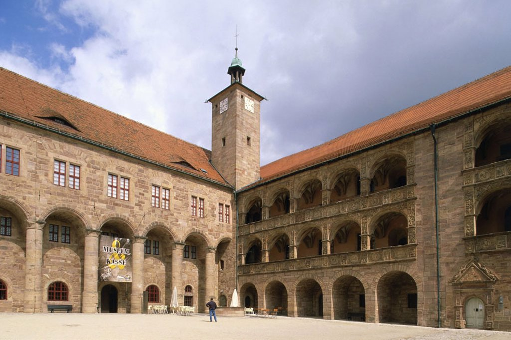 Germany, Bavaria, head franc, Kulmbach, Plassenburg, ´beautiful yard´, summer Castle, fortress, palace castle, construction, architecture, historically, austil renaissance, tower, arcade walks, built 1560-1570, inner courtyard, arcades, European mannerism : Stock Photo