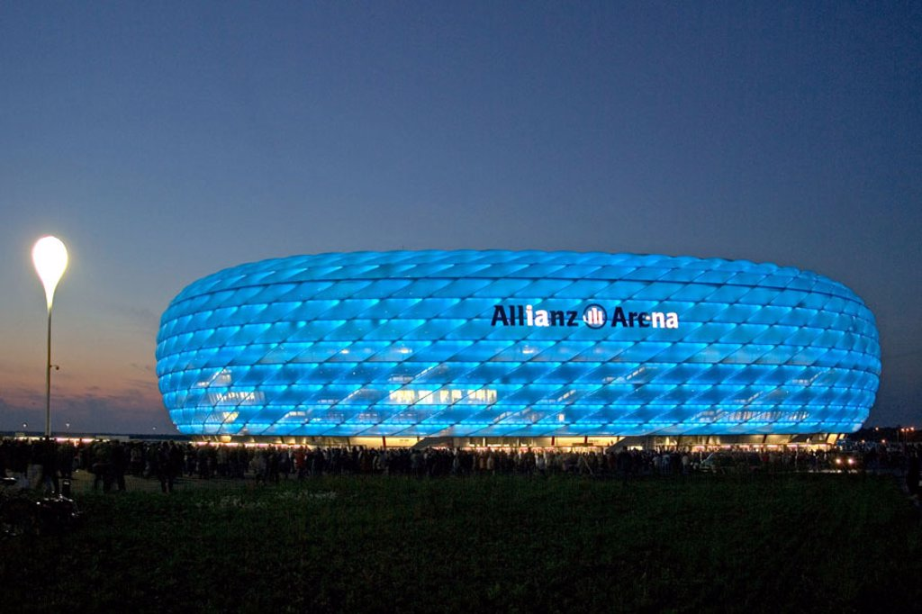 Stock Photo: 1558-69415 Germany, Upper Bavaria, Munich Fröttmaning, Fußballstadion, Alliance arena, illumination blue, no property release, Europe, Bavaria, stadium, sport stadium, alliance arena, football, sport arena, football arena, built 2002-2005, architects duke and de Meu