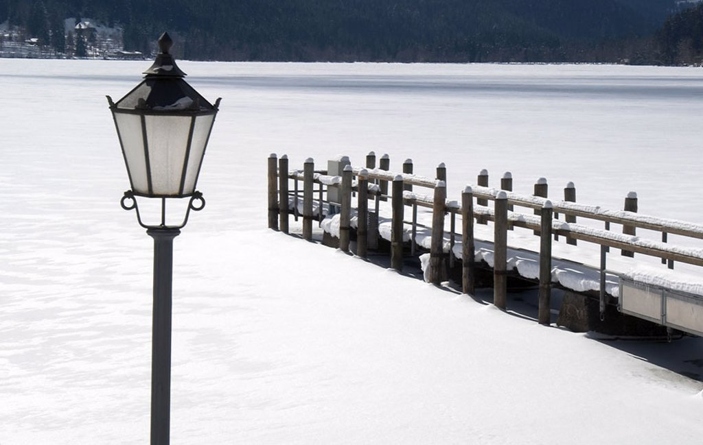 Germany, Baden-Württemberg,  Titisee-Neustadt, sea, bridge, lantern,  Snow Europe, Breisgau-Hochschwarzwald, Black forest, Titisee new part of town, wood bridge, frozen over, season, winters, snow-covered, untouched, idylls, silence, silence : Stock Photo