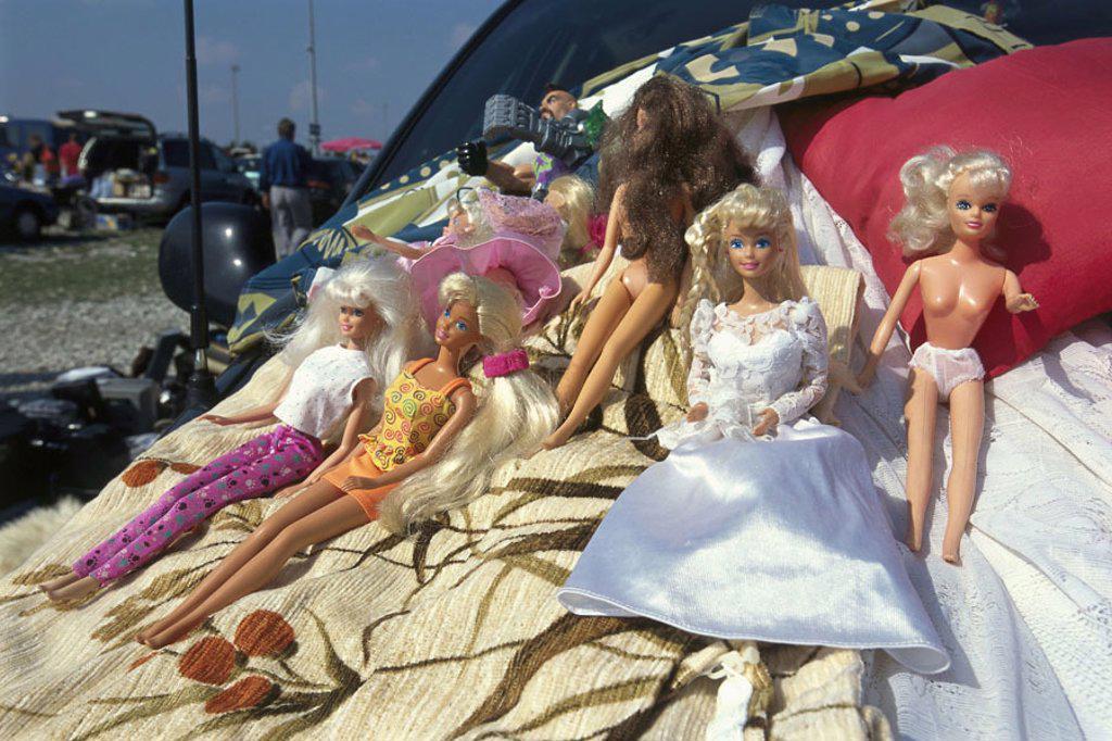 Flea market, sale, Barbie dolls   Market, rag fair, sale, junk, Second hand,  Junk ware, dolls, toy dolls, Barbie, of Barbie,  used, uses, dealers, sale, concept, childhood, memory : Stock Photo