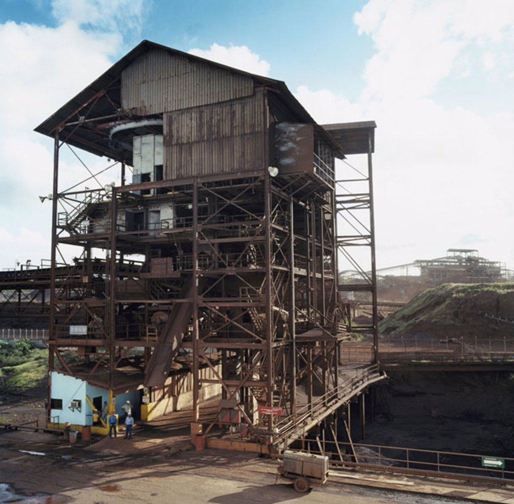 Venezuela, Puerto Ordaz, Eisenerzmine,  Buildings, steel construction,  Workers, no models release South America, mine, mining, Tagebau, reduction, ore, ferric ore, Übertage, mineral resources, industry, economy, Erzgewinnung, arch reduction : Stock Photo