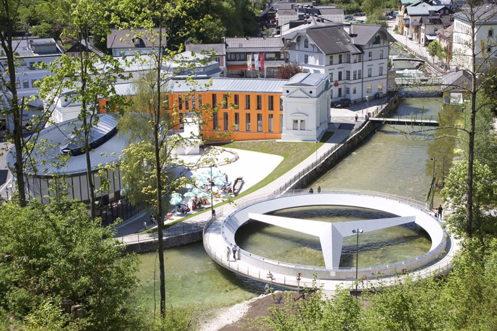 Austria, Styria, bath Aussee,  Kurpark, curative medium house, Traun,  Mercedes bridge, overview, Saline chamber property, buildings, built 2004-05, construction, Culture, river, bridge, Mercedes star, diameters 27 meters, unveiling 23. April 2005, landma : Stock Photo