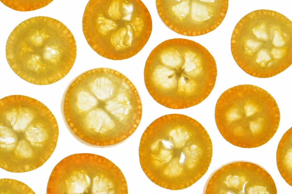 Kumquatscheiben, detail,   Series, food, fruit, fruits, exotic, tropical, South fruits, citrus fruits, Kumquats, Limequats, dwarf oranges, dwarf oranges, Fortunella sp., cut, bragged, healthy, rich in vitamins, vitamins, color mood orange, quietly life, f : Stock Photo