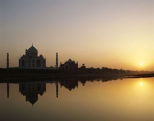 India, Agra, Yamuna River, silhouette, Taj Mahal, sunset,  Asia, South Asia, North India, Uttar Pradesh, mausoleum, approximately 1648, onion dome, 58 m high, minarets, sight, UNESCO-World Heritage Site, river, water reflection, evening sun, dusk, Silence : Stock Photo