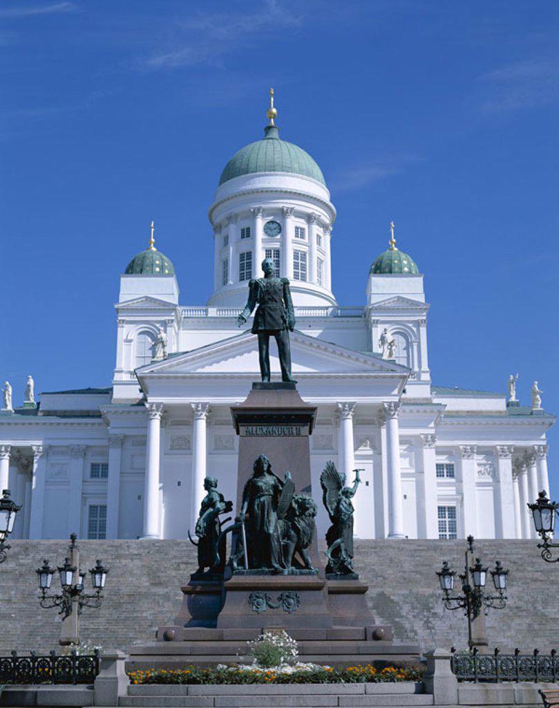 Finland, Helsinki, Domkirche, monument, ´Czar Alexander II.´  Series, Scandinavia, senate place, church, cathedral, ´Nikolaikirche´, ´Tuomiokirkko´, construction, architecture, statue, statue, sight, culture, art, destination, tourism, : Stock Photo