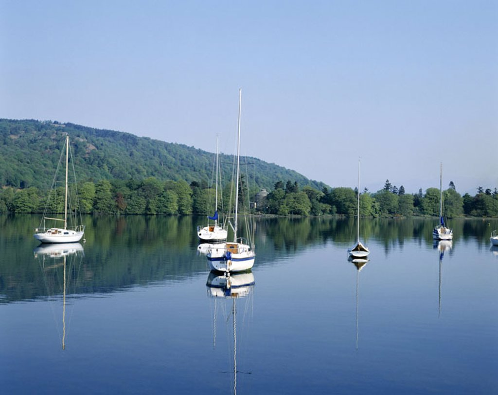 Great Britain, England, Cumbria,  Brine District, Windermere brine,  Sailboats, anchoring  Europe, island, landscape, nature, sea, Windermere-See, water, quietly, quiet, windless, boats, sailing, silence, silence, loneliness, leisure time, weekend, destin : Stock Photo