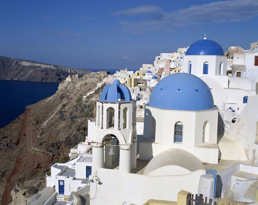 Greece, Kykladen, island Santorin, Oia, view at the city,  Series, Europe, Mediterranean island, Mediterranean, Aegean, coast region, coast, rock coast, steep coast, hillside, hillside situation, houses, residences, style, regional-typically, architecture : Stock Photo