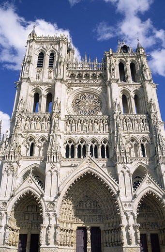 France, Picardie, Amiens,  Cathedral Notre-Dame, 1220-1288,  Facade, Gothic,  Europe, North France, department Somme, city, landmarks, church, basilica, construction, sacral construction, portals, main portal, Beau Dieu d´Amiens architecture Gothic UNESCO : Stock Photo