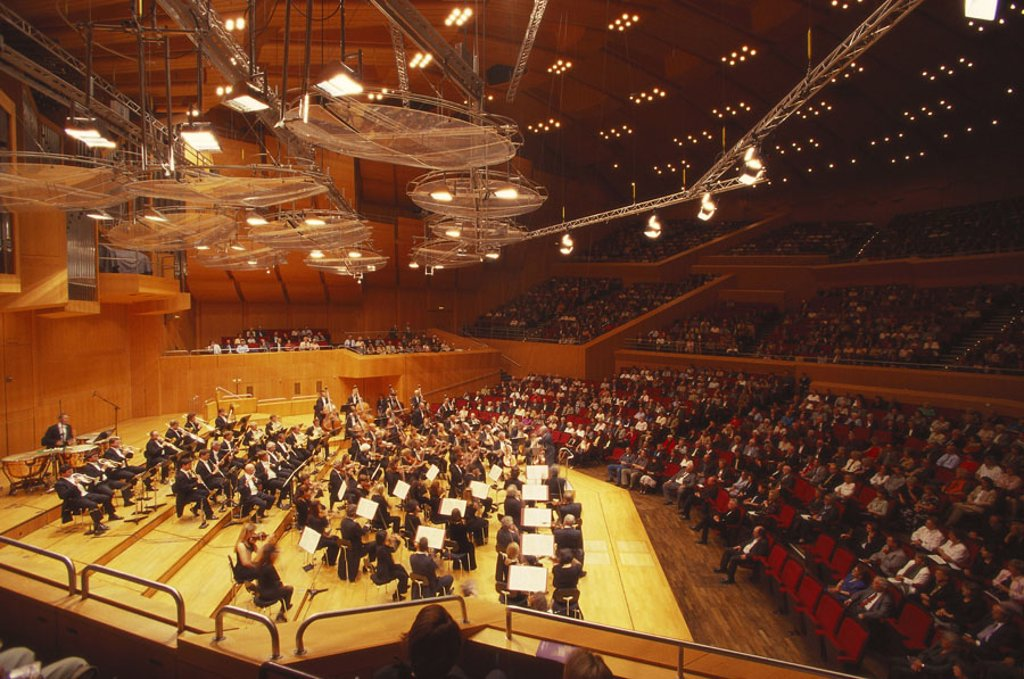 Stock Photo: 1558-83746 Germany, Upper Bavaria, Munich, Philharmonic, concert hall, orchestras, Listeners, no models release Bavaria, buildings, symbol, musicians, Münchener Philharmonics, concert, music, Klassik, conversation, concept, listening, relaxation, concert visit, inte