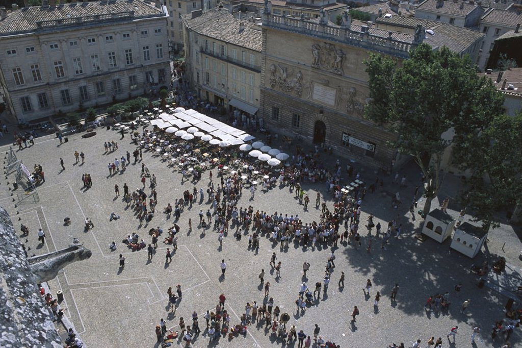 Stock Photo: 1558-85114 France, Provence, Avignon,  Pope palace, place, cafe,  Visitors, overview,  Europe, department Vaucluse, city, sight, landmarks, historic, medieval, UNESCO-World Heritage Site, tourism, tourists, crowd,