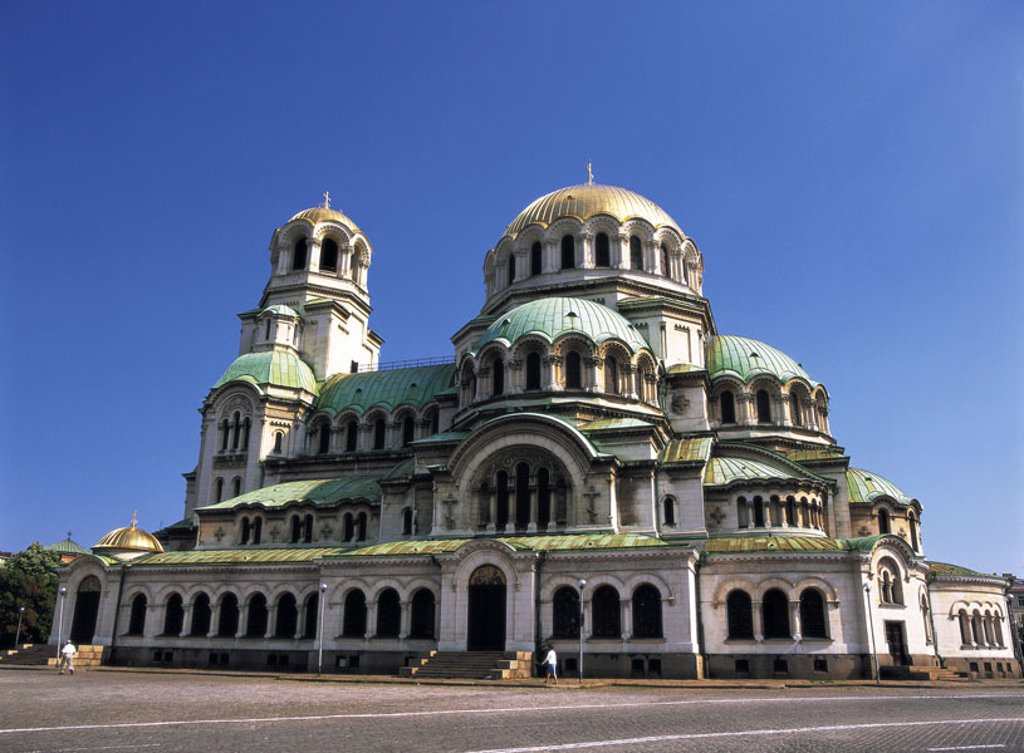 Bulgaria, Sofia, Alexander Nevski Cathedral,   Southeast Europe, Balkans peninsula city capital sight landmarks, church, chapel, sacral construction, architecture, building, cross dome church, built 1882-1912, construction, dome, domed structure, heaven, : Stock Photo