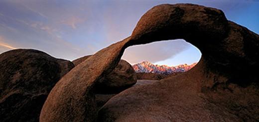 Arch with Lone Pine Peak. Sierra Nevada. Alabama Hills. California. USA : Stock Photo