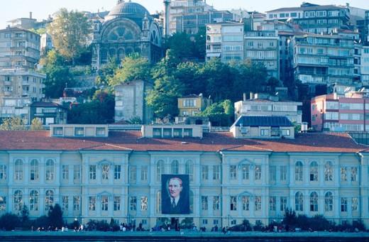 Stock Photo: 1566-0104385 College of Fine Arts in Istambul. Turkey
