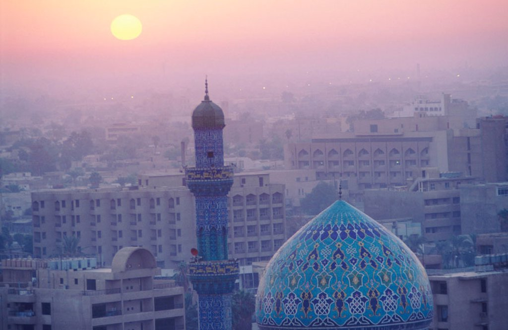 Stock Photo: 1566-0104417 Baghdad skyline