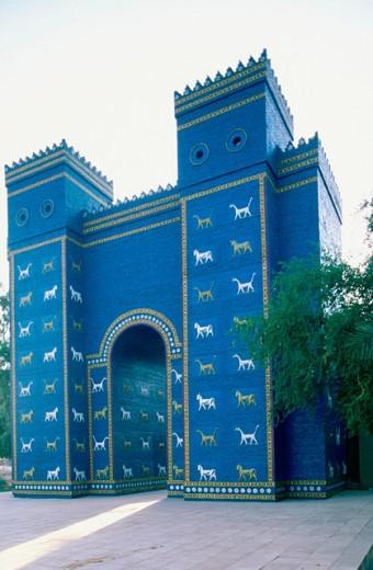 Stock Photo: 1566-0104427 Reconstruction of Ishtar Gate, ancient city of Babylon. Iraq