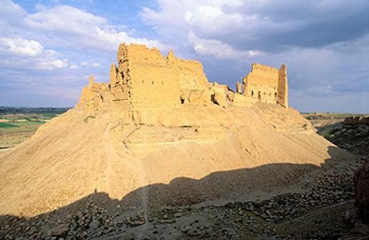 Qalaat al-Rahba, ruins of old Arab fortress. Syria : Stock Photo