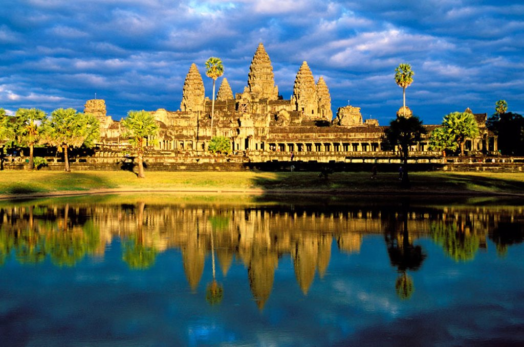 Stock Photo: 1566-0106637 Temple complex of Angkor Wat. Angkor. Cambodia