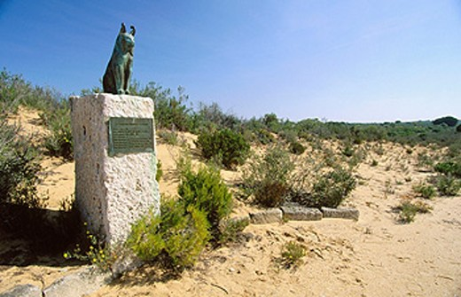Stock Photo: 1566-0109166 Monument to lynxes. Doñana National Park. Huelva province. Andalucia, Spain
