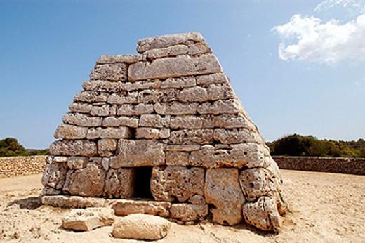 ´Naveta d´es Tudons´, a prehistoric monument from the Talayotic culture. Ciutadella. Minorca. Baelaric Islands. Spain : Stock Photo