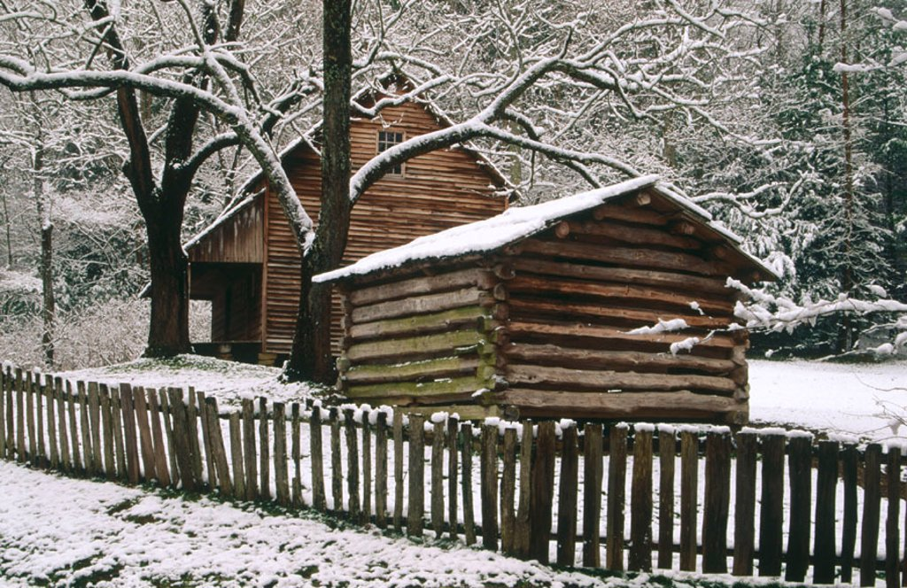 Stock Photo: 1566-0117234 Tipton cabin. Cades Cove. Great Smoky Mountains National Park. Tennessee. USA