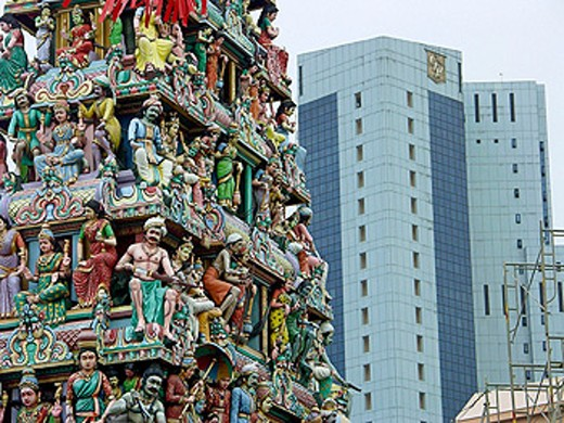 Stock Photo: 1566-0124059 Hindu temple contrasts with skyscraper in Chinatown. Singapore