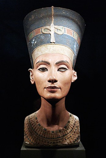 Stock Photo: 1566-0130033 Bust of Queen Nefertiti. New Kingdom, 18th dynasty, Amarna era, around 1340 BC. Limestone and plaster, height 50 cm. Egyptian Museum. Berlin - Charlottenburg. Germany.