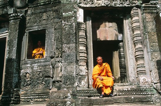 Monks at Angkor Wat Temple. Cambodia : Stock Photo