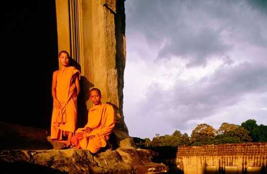 Stock Photo: 1566-0131231 Monks at Angkor Wat Temple