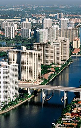 Stock Photo: 1566-0136303 Condos on Intercoastal Way. Miami. Florida. USA