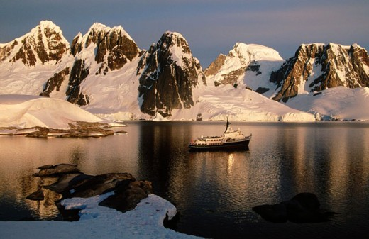 Stock Photo: 1566-0140130 Private motor vessel ´Itasca´ anchored off Hovgaard Island. Antartic Peninsula