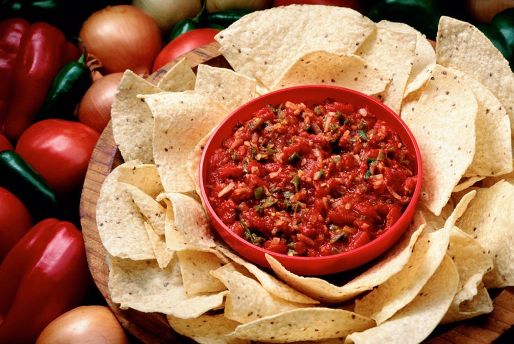 Stock Photo: 1566-0142022 Tortilla Chips & Salsa