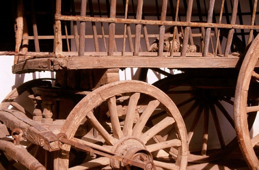 Stock Photo: 1566-0147897 Ancien wooden cart