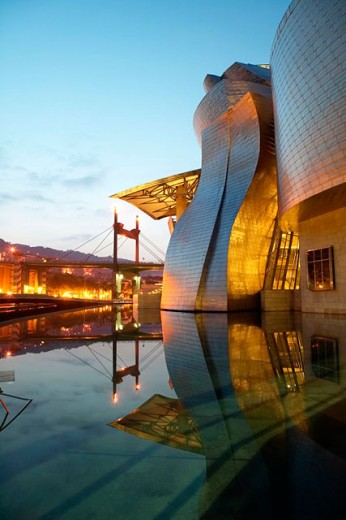Stock Photo: 1566-0161625 Guggenheim Museum by Frank O. Gehry. Bilbao, Biscay. Euskadi, Spain