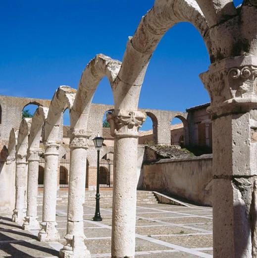 Stock Photo: 1566-0166077 Cloister ruins of Convento de la Merced. Olmedo. Valladolid province, Spain