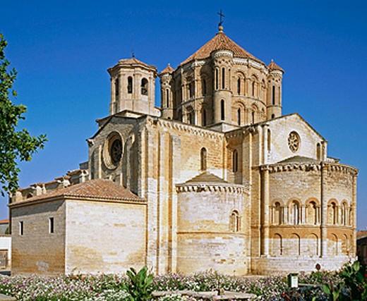 Stock Photo: 1566-0166106 Collegiate church of Santa Maria la Mayor (12th-13th century). Toro. Zamora province, Spain