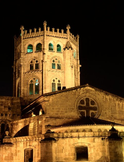Stock Photo: 1566-0169372 Ourense Cathedral at night. Galicia. Spain