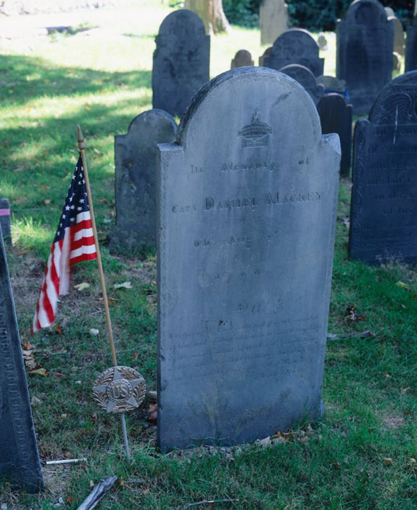 Grave of Captain Daniel MacKey (Army U.S.) Massachusetts, USA : Stock Photo