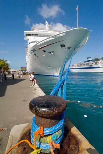 The Carnival cruise ship Fantasy stops at Nassau in the Grand Bahama Islands : Stock Photo