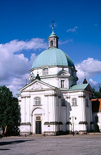 New Town Market Square (Rynek Nowego Miasta). Church of the nuns of the holy sacrament. Warsaw. Poland : Stock Photo