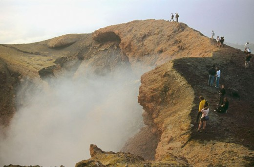 Crater of Pacaya volcano and sulphurous-acid gas emanations of its lava lake. Guatemala : Stock Photo