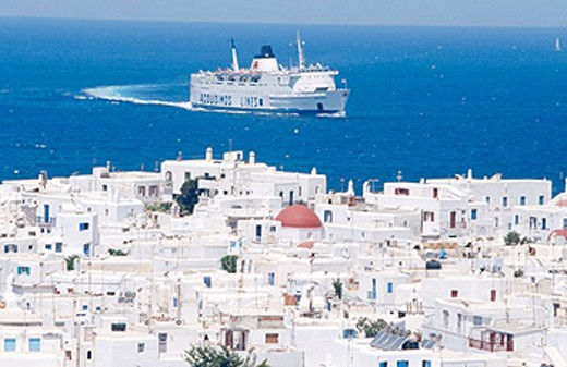 Stock Photo: 1566-0176722 Ship arriving to Mykonos. Greece
