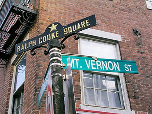 Signs for the corner of Charles and Mount Vernon Streets in the Beacon Hill section of Boston. USA : Stock Photo