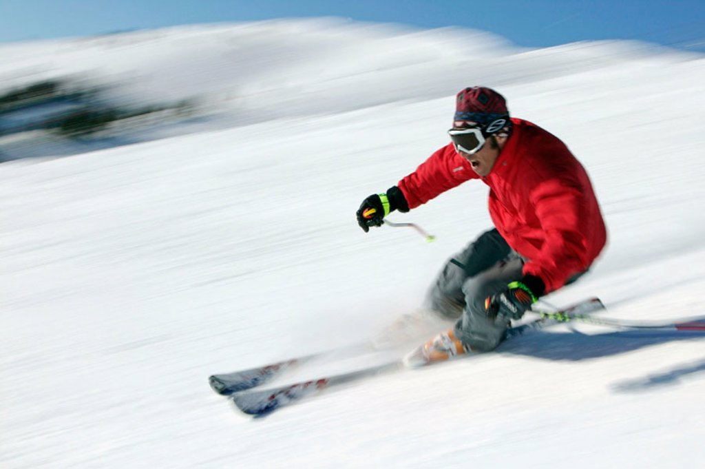 Stock Photo: 1566-0178620 Man skiing in Sun Valley, Idaho. USA