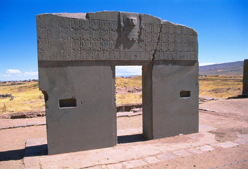 Stock Photo: 1566-0181540 Gateway of the Sun. Tiahuanaco. Bolivia