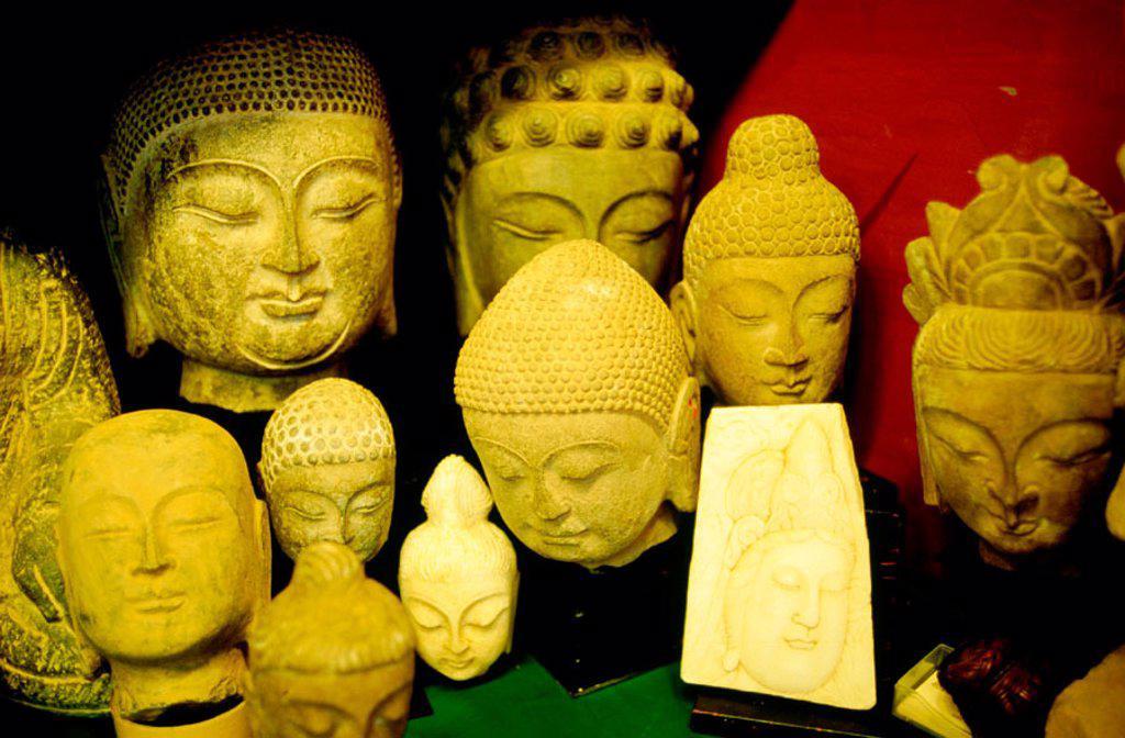 Stock Photo: 1566-0184011 Antique Shop. Hollywood road. Hong Kong. China