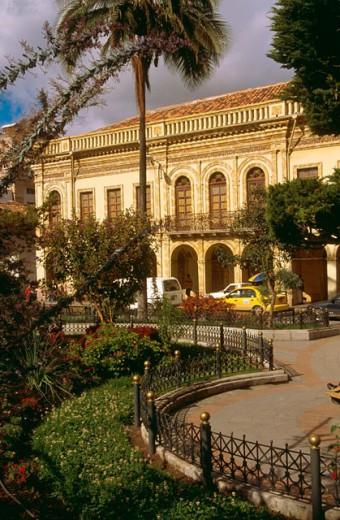 ´Parque Calderon´ in Cuenca. Ecuador : Stock Photo