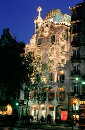 Stock Photo: 1566-0184723 Batlló House (1904-1906 by Antoni Gaudí), Passeig de Gràcia. Barcelona. Spain