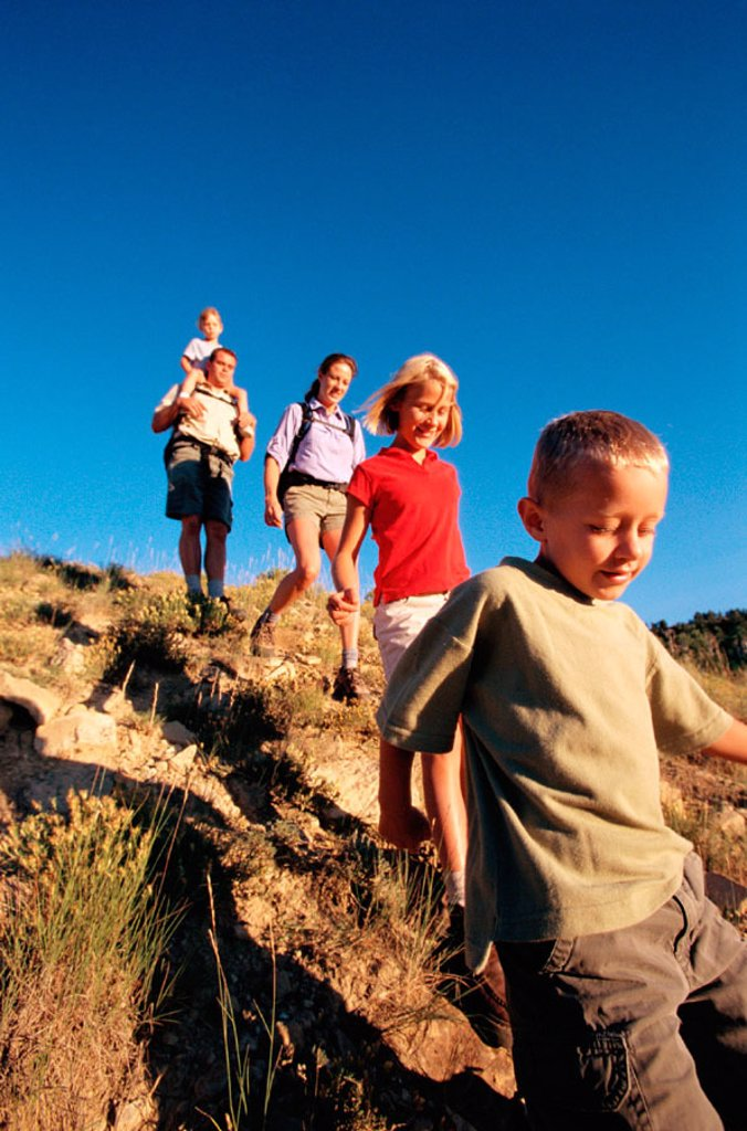Stock Photo: 1566-0188376 Family hiking. Dixie Natural Forest. Utah. USA.