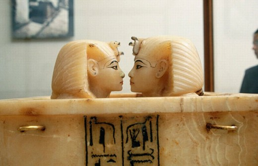 Stock Photo: 1566-0188561 Alabaster canopic jars from Tutankhamun´s Tomb. Egyptian Museum. Cairo. Egypt
