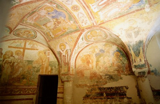 Frescoes on the cryp vaults, basilica (c. 14th century). Aquileia. Friuli-Venezia Giulia, Italy : Stock Photo